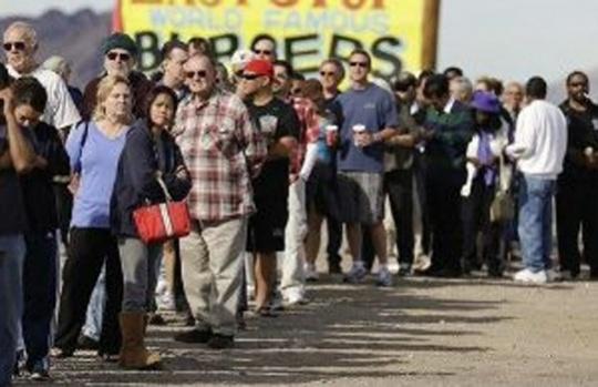 US lottery jackpot climbs to $580 million on ticket sales