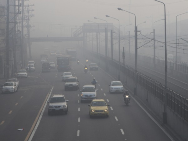Exposure To Traffic Pollution Harms Kids' Lungs