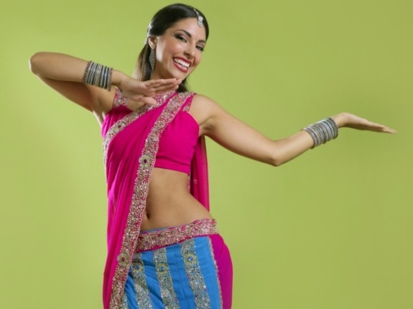 Fitness Benefits Of Bollywood Latka-Jhatkas
