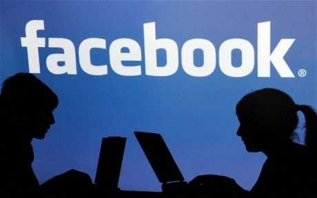 Facebook Warned to 'Remove Material Jeopardizing Legal Trials'
