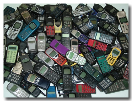 Mobiles Phones Getting Less Toxic!