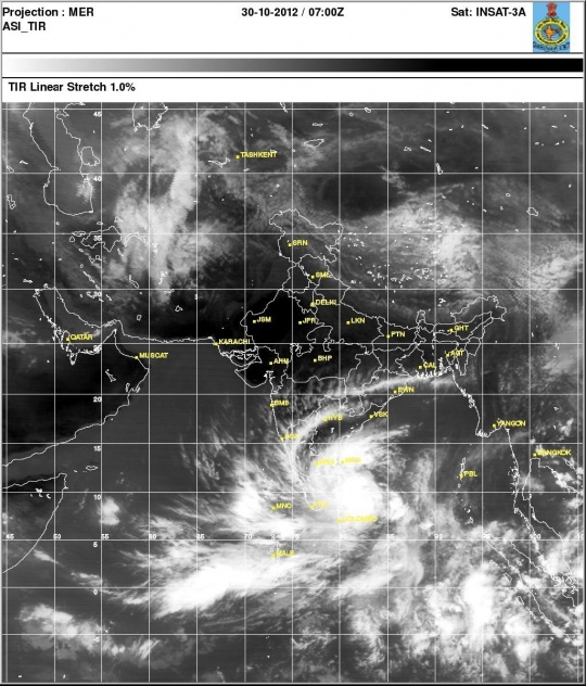 Cyclone Nilam: South India on High Alert, Twitter Confused