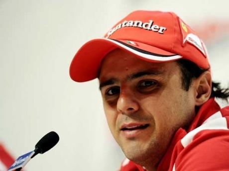 Ferrari extend Massa's contract through 2013