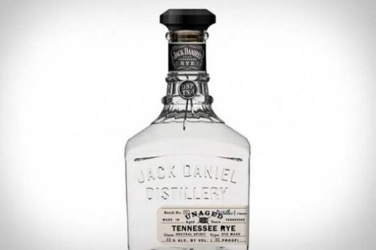 colourless rye whisky