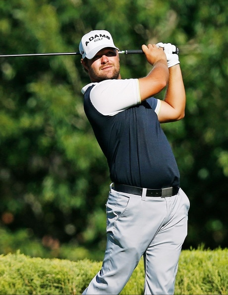 Ryan Moore lands Vegas jackpot by one shot