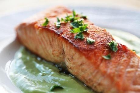 salmon with avacado