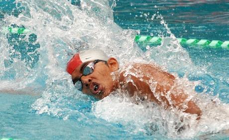 Saurabh Sangvekar erases national record