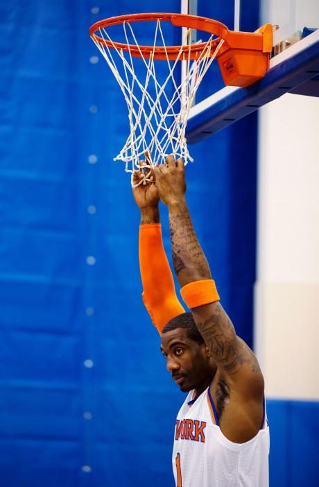 Knicks' Stoudemire to miss season opener