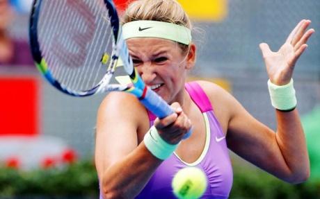 Azarenka breezes in China Open semis