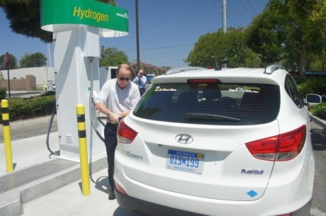 Sewage could soon replace petrol in cars