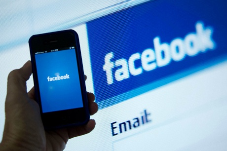 Get insured against hacking on FB, Twitter