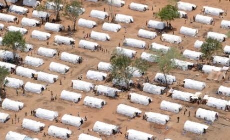 Sri Lanka closes massive war refugee camp