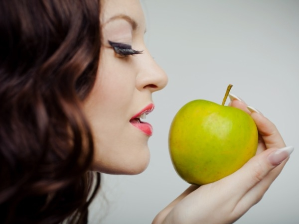 Weight Loss Foods: Health Benefits Of Apple