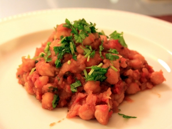 Healthy Vegetarian Curry Recipe: Chickpea and Potato Stew