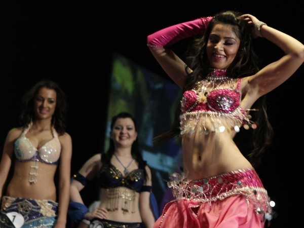 Belly Dancing: Shake Your Belly And Hips To Good Health