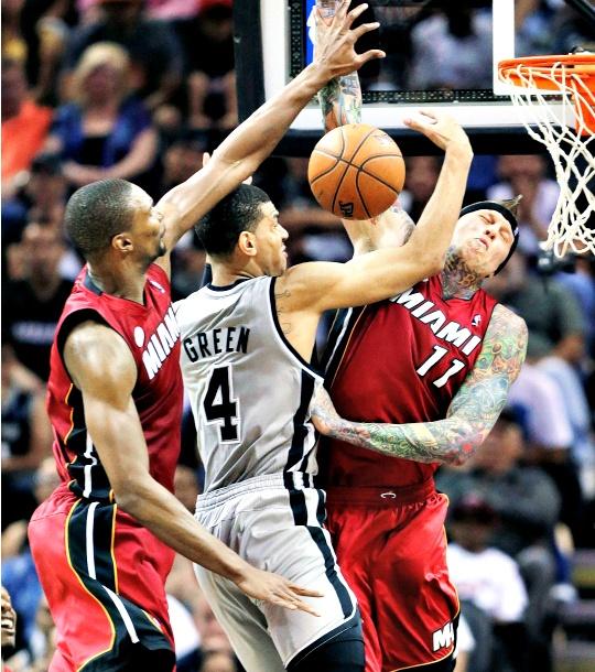 Miami Heat Beat Spurs Sans Superstars