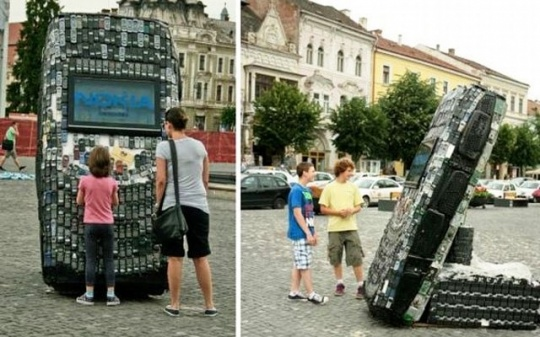 Giant Cellphone Sculpture
