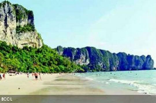 Spend this Summer at Krabi Island