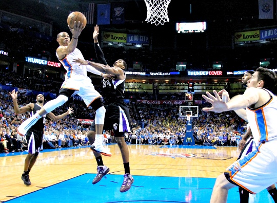 Thunder Beat Kings to Clinch Top Seed