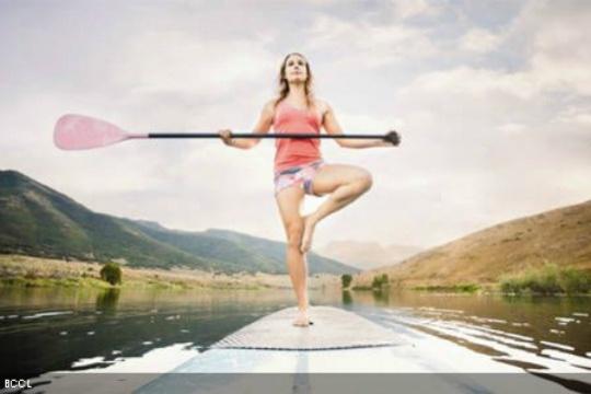 Paddle yoga: Latest Fitness Fad