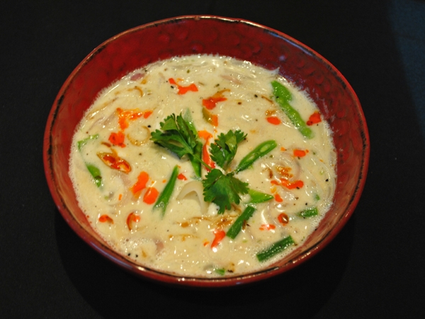 Healthy Snack: Fight Fever And Cold With Coconut Noodle Soup