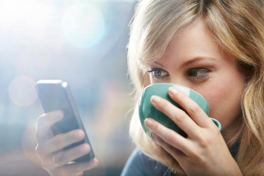 Beware! Your Smartphones Can Harm Your Eyes