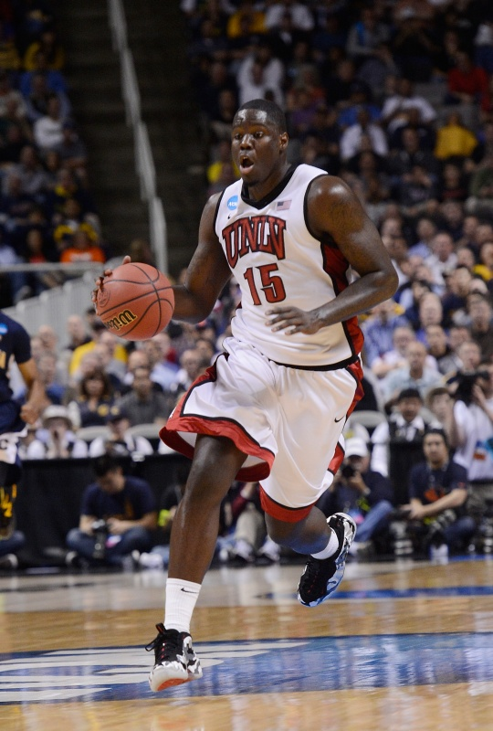 Cleveland Cavaliers Sign Anthony Bennett