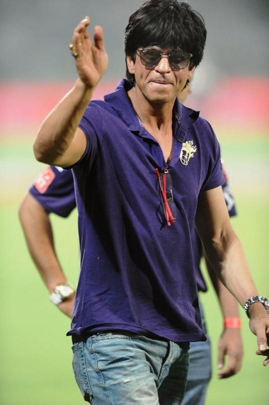 After Cricket, Shah Rukh Eyes Football