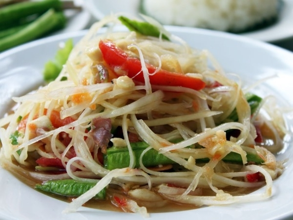 Healthy Salad Recipes: Som Tum Salad