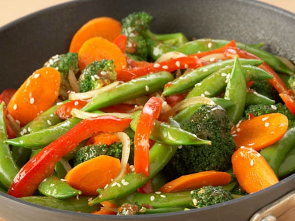 Healthy Meal Recipes: Stir Fried Vegetables With Basil And Chilli