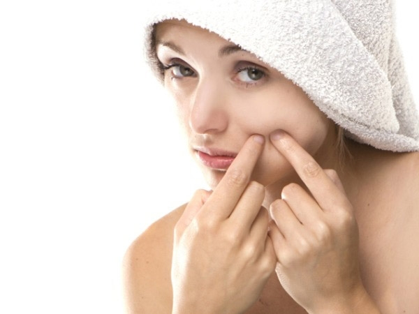 Skincare: Dealing With Dry Skin Acne