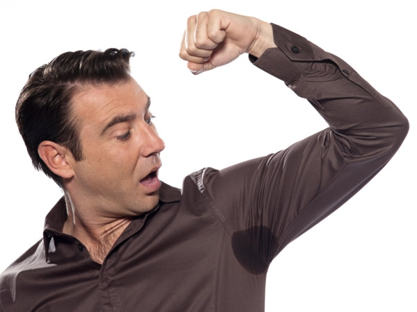 Tips To Prevent Underarm Sweat Stains