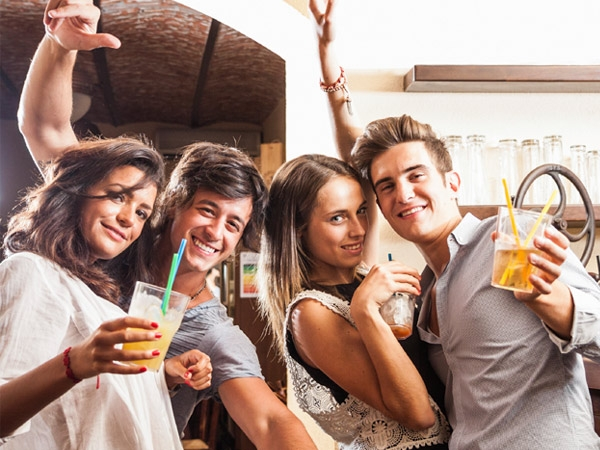 Safety Tips For Drinking Responsibly This Party Season