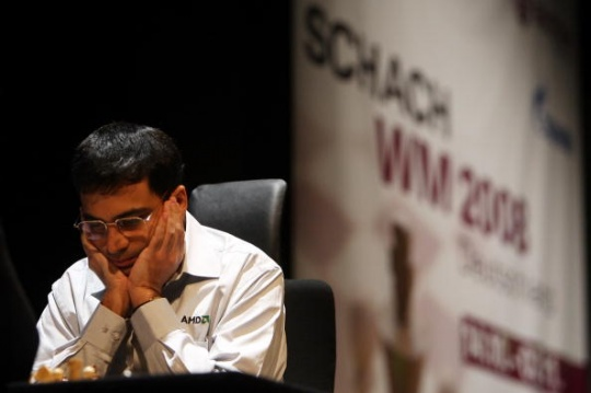 Viswanathan Anand started off well in London after conceding the World Chess Championship to Magnus Carlsen. (Photo: Getty Images)