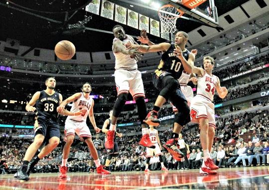 Pelicans Edge Chicago Bulls in Triple OT