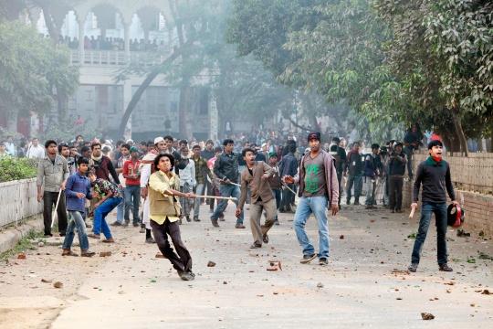 Dhaka Tense After Rally Blocked
