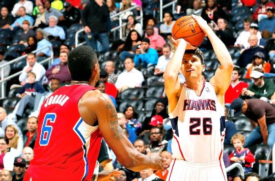 Korver Equals NBA Mark With 3-Pointer