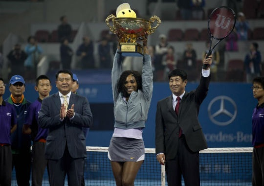 Winning the French Open and US Open took Serena's Grand Slam singles haul to 17, just one behind fellow Americans Chris Evert and Martina Navratilova. (Photo: AP)