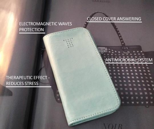Tenerarca leather phone case
