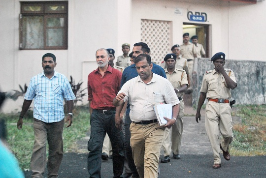 Tarun Tejpal Taken for Second Round of Medical Tests