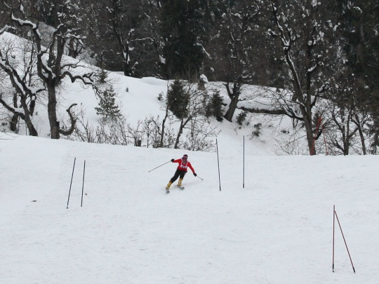 With Snow, Skiers Return to Himachal's Slopes