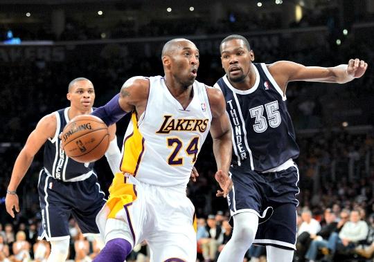 Kobe, Resurgent Lakers Silence Thunder