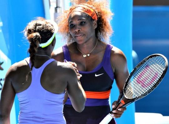 Sloane Stephens stuns Serena Williams