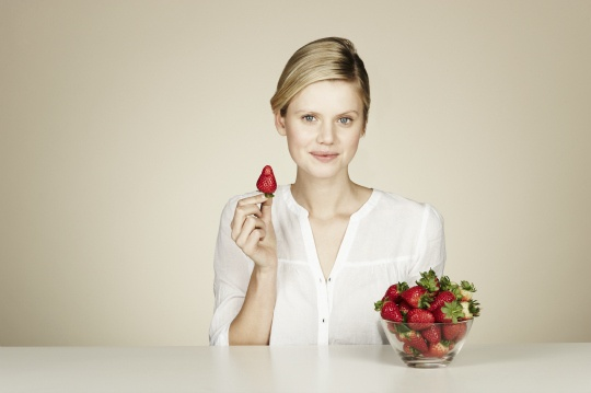 Strawberries Cut Cardiac Risk in Women