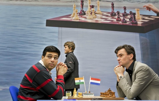 Anand Draws with Leko in Ninth Round