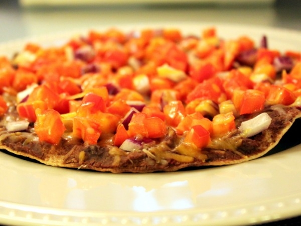 Vegetarian Recipe: Healthy Mexican Pizza
