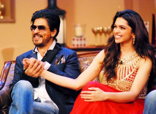 SRK, Deepika Visit 'DID Super Moms' Sets