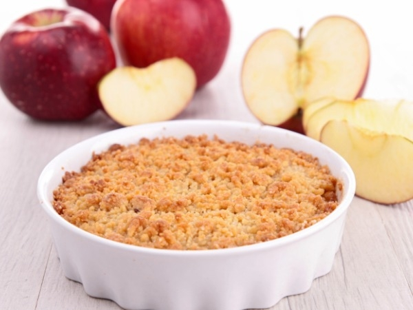 Healthy Dessert Recipe: Apple Crumble Made With Oats