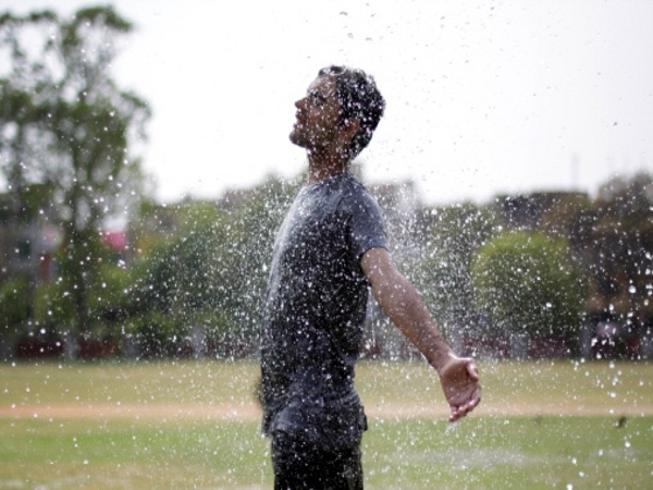 Best Monsoon Skin And Hair Care Tips For Men And Women