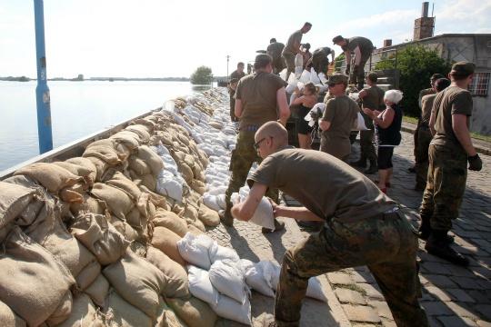 Germany Struggles to Hold Back Flood 'Catastrophe'